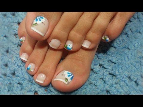 Unhas decoradas para pés azul