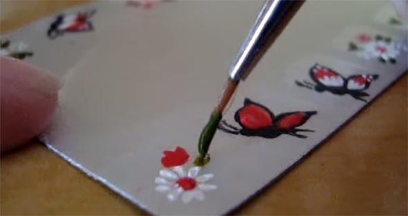 adesivo de unhas borboleta com flores