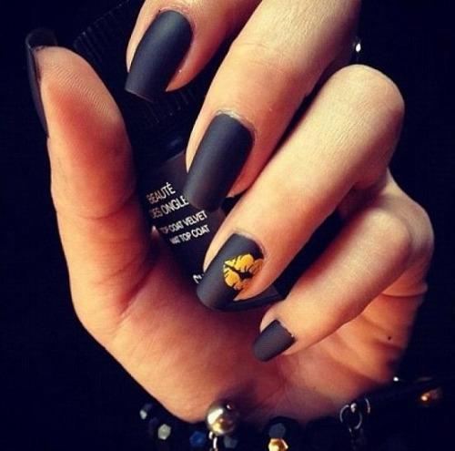 unhas-pintadas-preto (7)